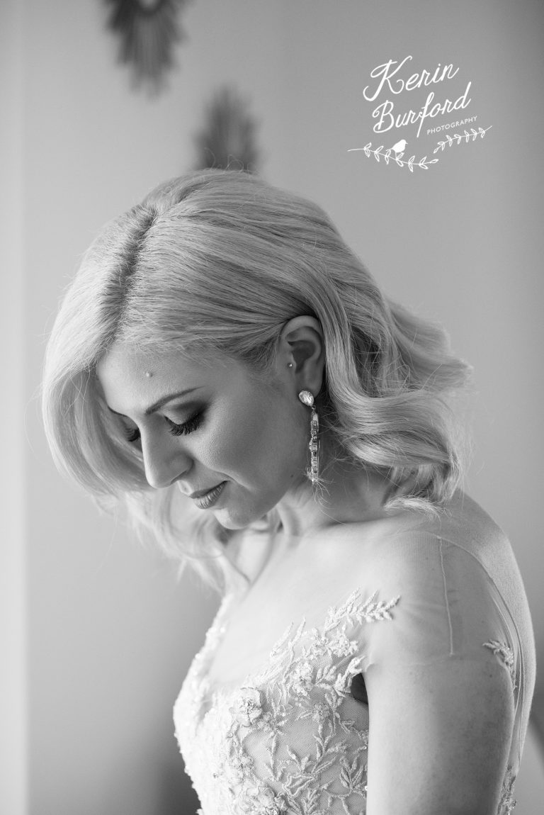 Stunning black and white photo of bride